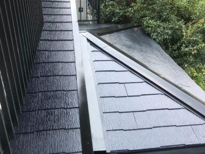 【宇治市の樋の再塗装工事】古くなった樋・色あせた屋根を色濃くツヤツヤに!